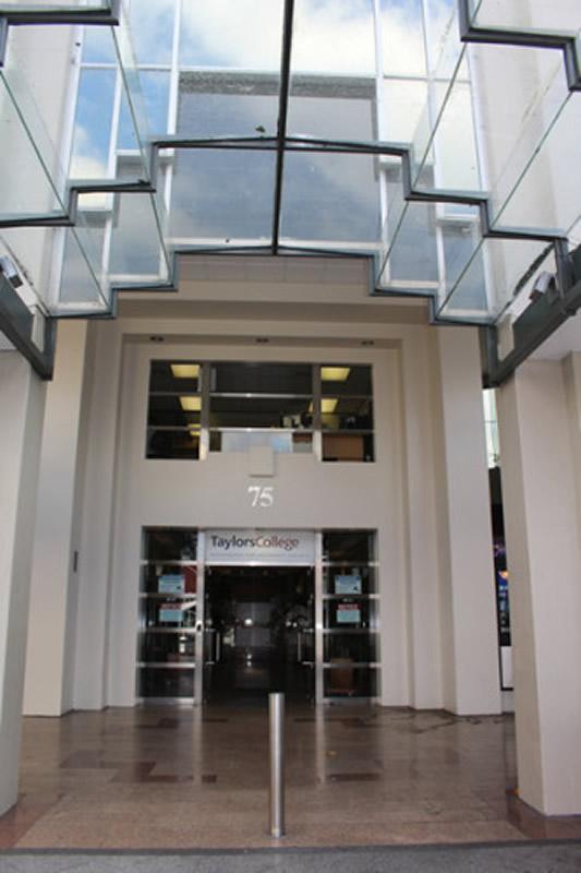 EC (Embassy English) Auckland